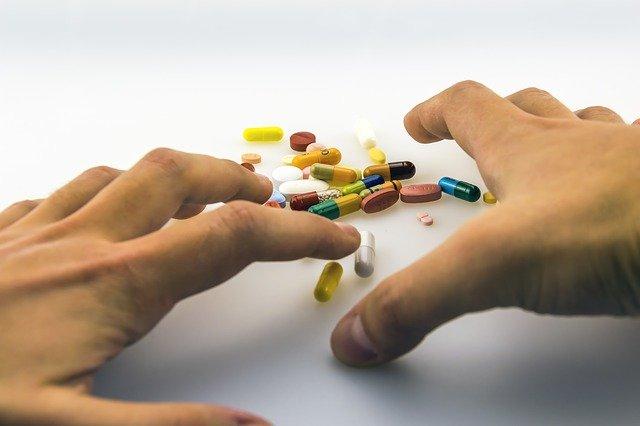 """15 juin - Webinaire """"Addictions : Informer, Sensibiliser et Aider"""""""